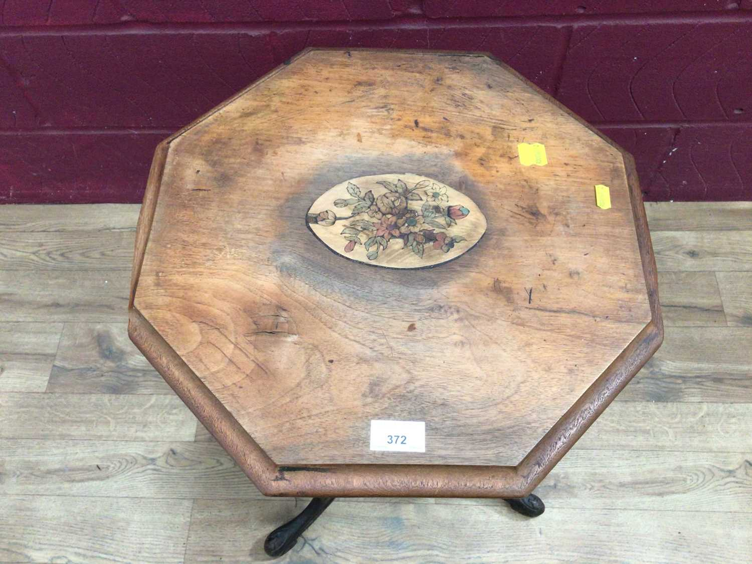 Victorian sewing table on tripod base - Image 4 of 4