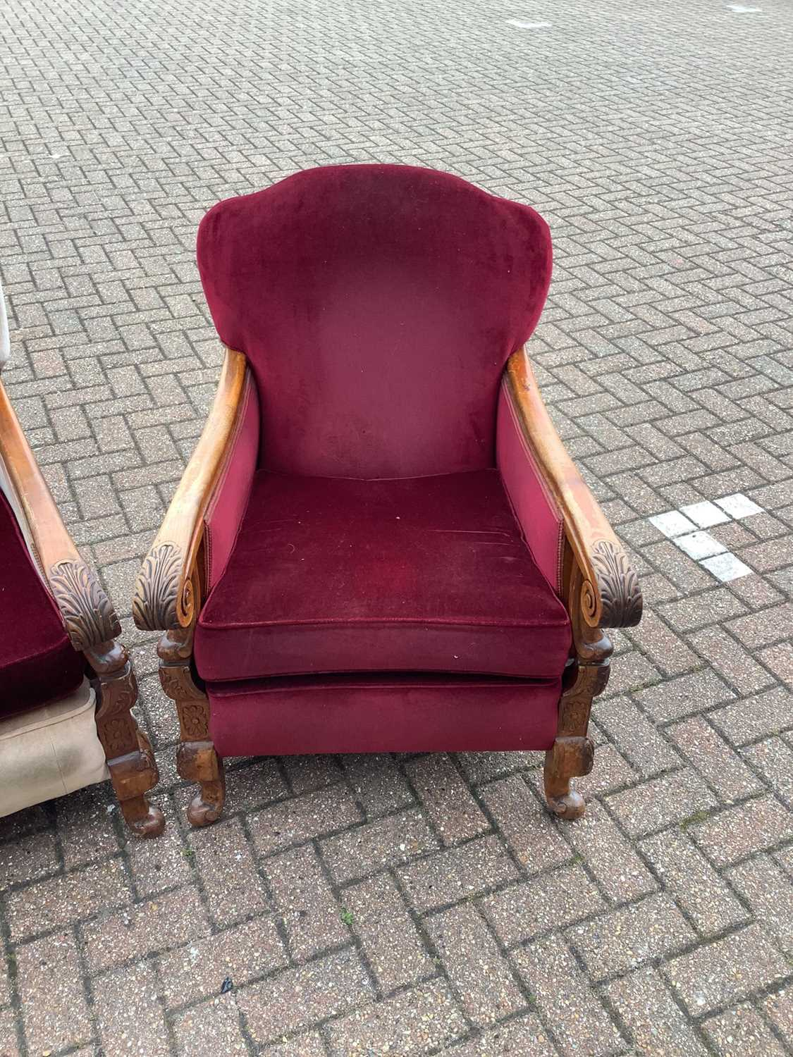 20th century three piece suite comprising settee and pair of armchairs - Image 3 of 7