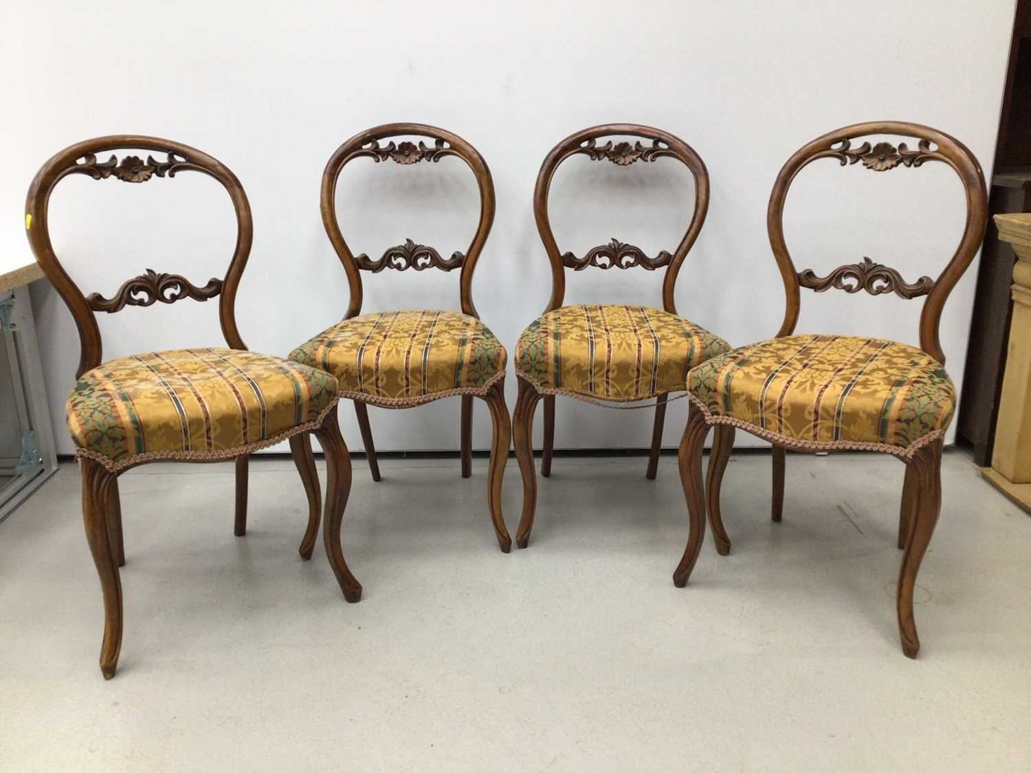 Set of four Victorian walnut balloon back chairs - Image 4 of 5