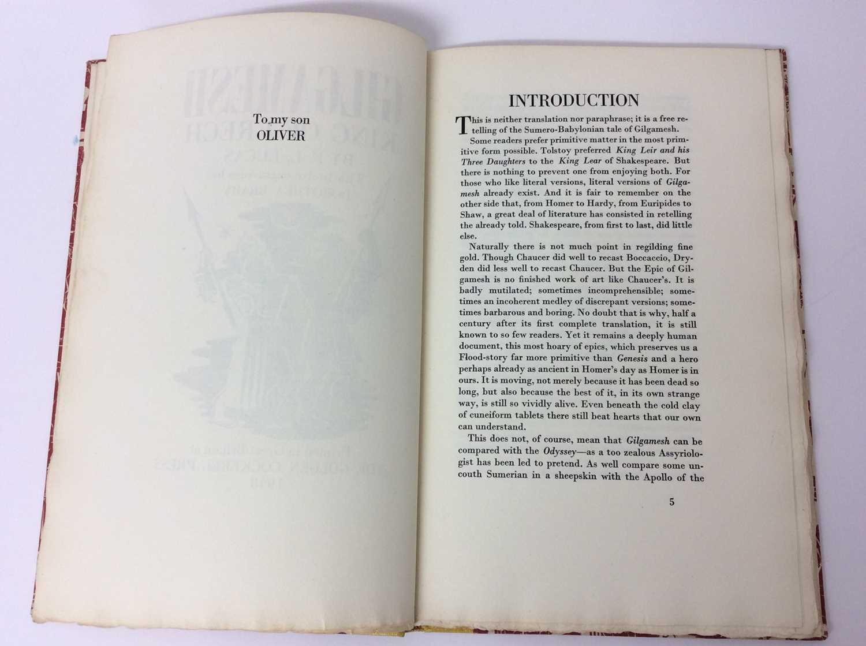 """F. L. Lucas: """"Gilgamesh, King of Erech"""", published Golden Cockerel Press 1948 - Image 4 of 9"""