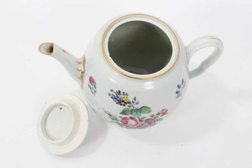 Worcester barrel shaped teapot and cover, circa 1775-80 - Image 6 of 8