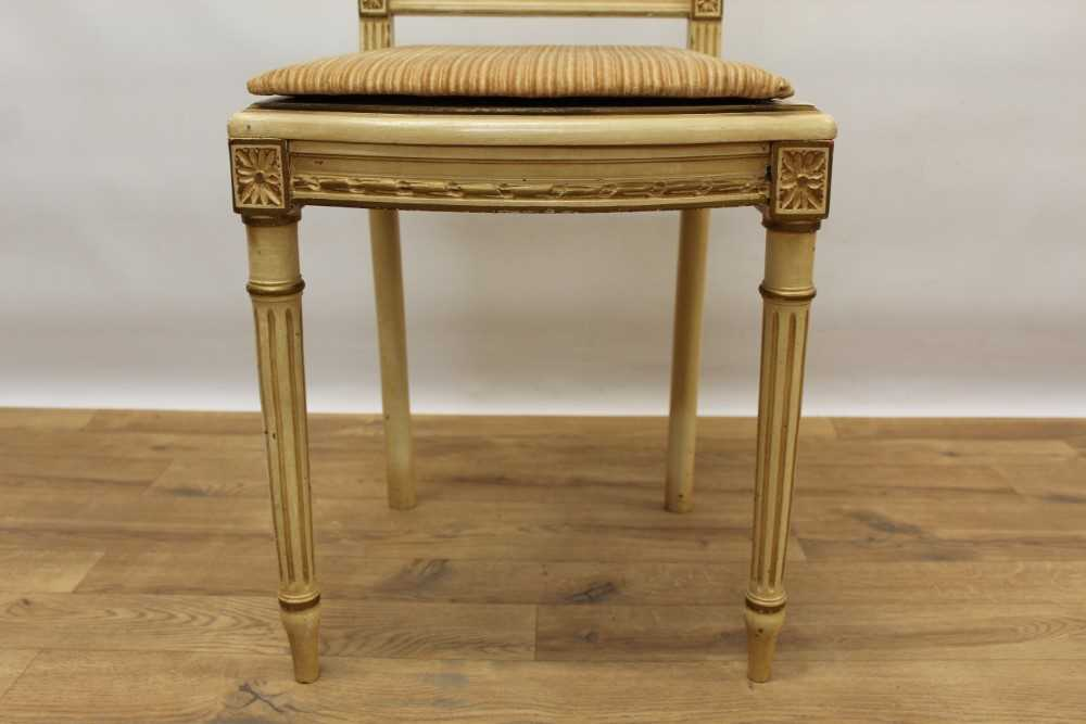 Late 19th / early 20th century French cream painted bergère suite - Image 10 of 16