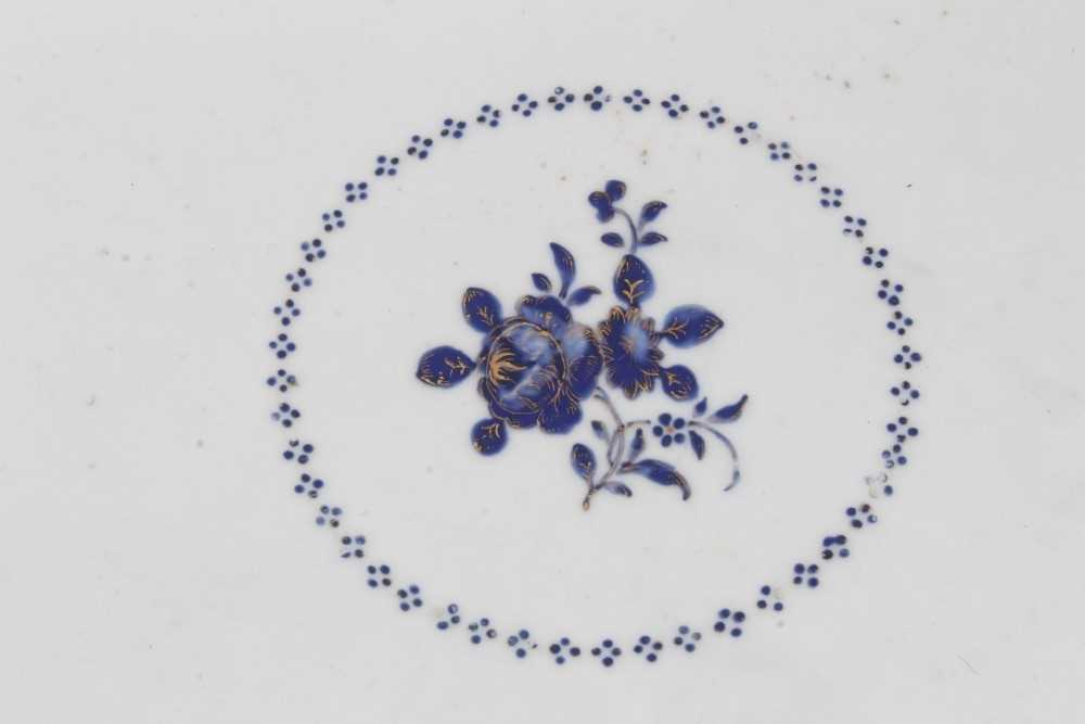Good pair of 18th Century Chinese dishes - Image 5 of 6