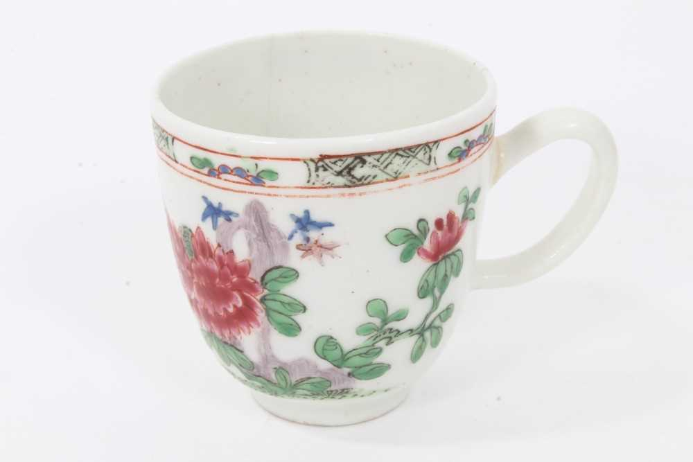 Bow coffee cup, circa 1752, decorated in the famille rose style with flowers and a patterned border,