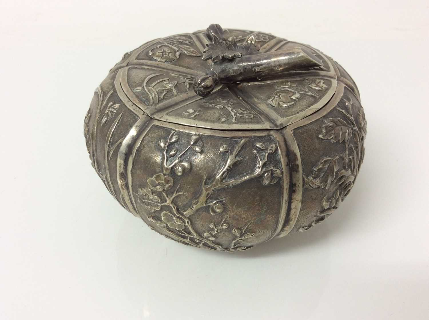 Late 19th/early 20th century Chinese silver lidded pot - Image 6 of 10
