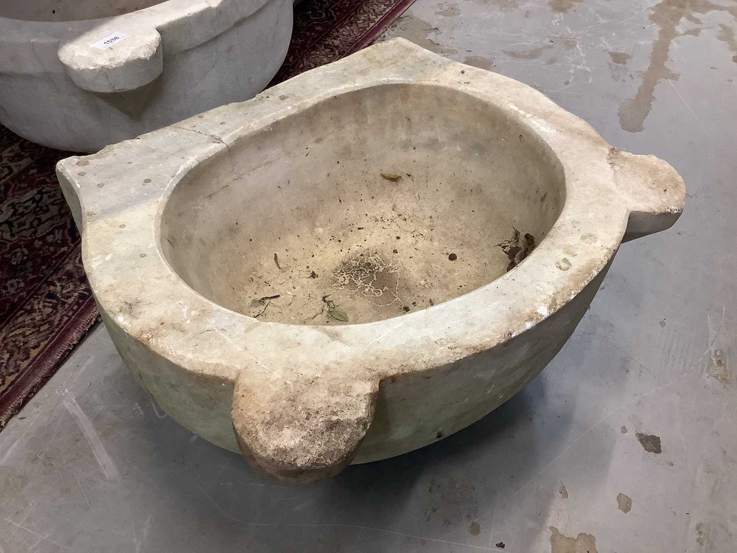 Five antique carved marble sinks - Image 7 of 13