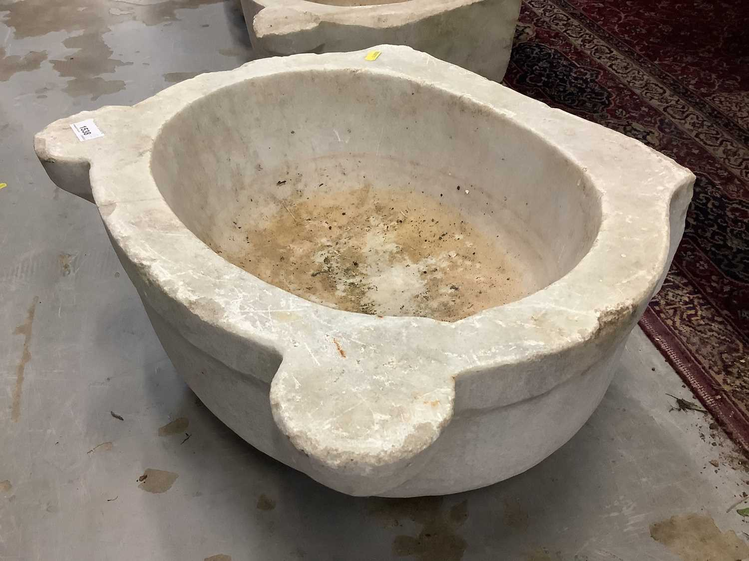 Five antique carved marble sinks - Image 4 of 13