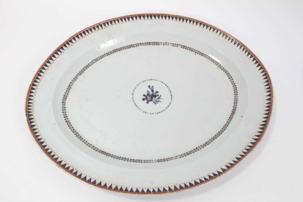 Good pair of 18th Century Chinese dishes - Image 2 of 6