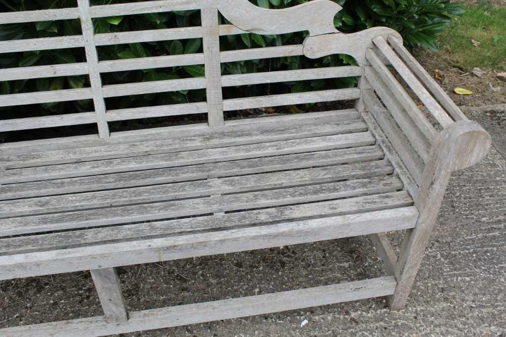 Lutyens style teak bench - Image 3 of 4