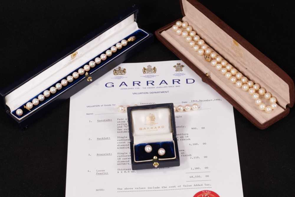 Garrard & Co. cultured pearl necklace, bracelet and two pairs of earrings plus twelve loose cultured - Image 3 of 3