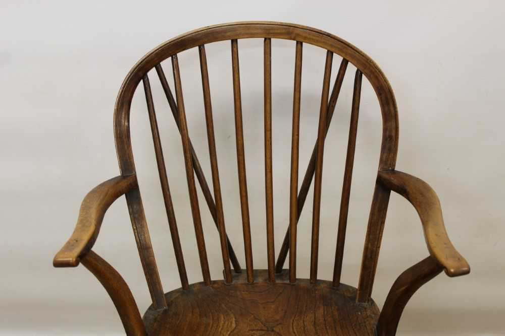 Mid 19th century elm and fruitwood stick back Windsor chair - Image 2 of 6