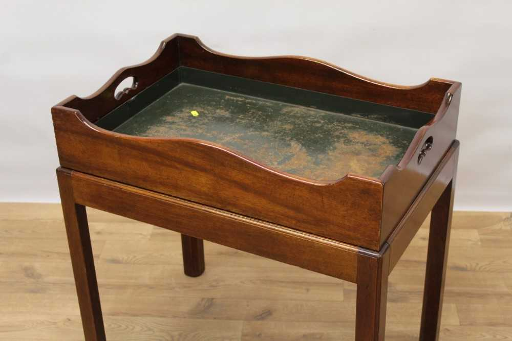 Mahogany butler's tray on stand - Image 2 of 5