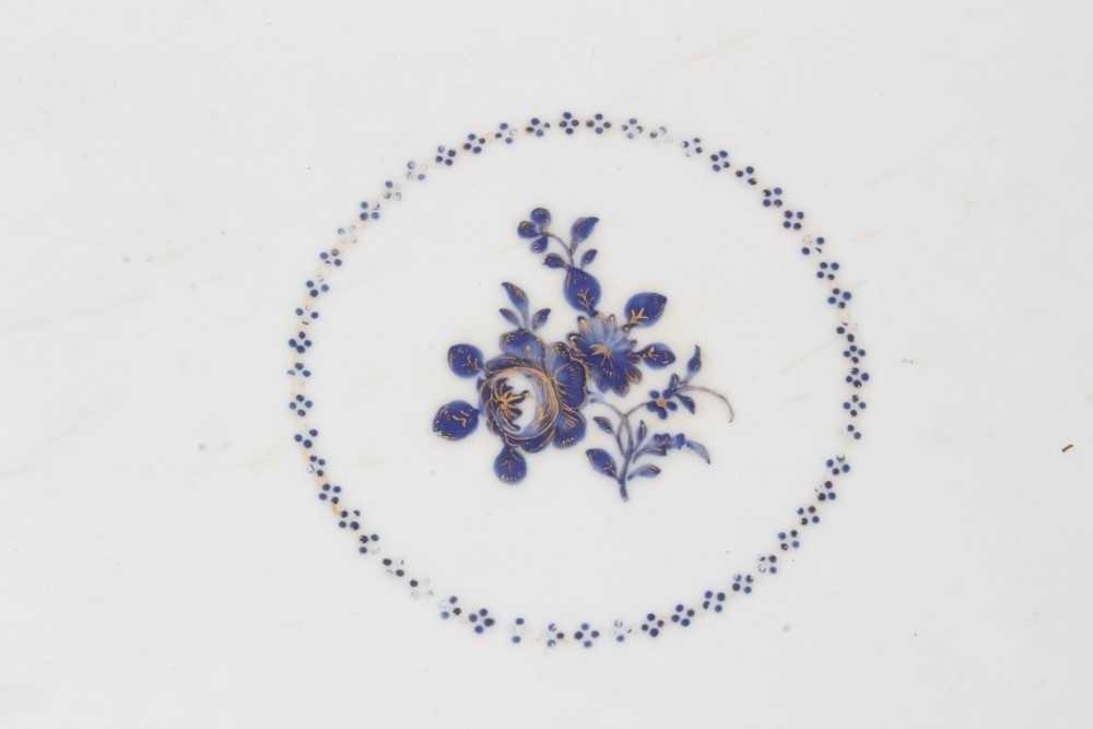 Good pair of 18th Century Chinese dishes - Image 3 of 6