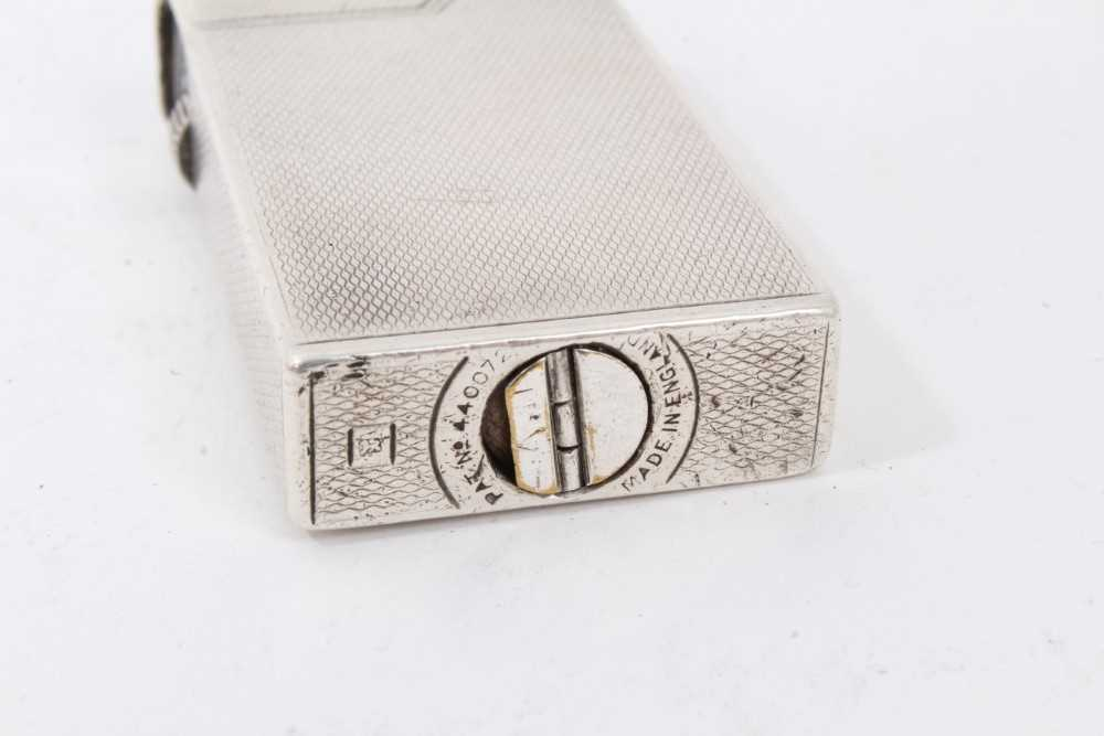 Late 1930s Dunhill silver petrol cigarette lighter (London 1939) Alfred Dunhill & Sons - Image 5 of 7
