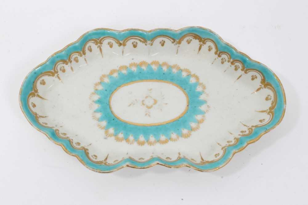 Two 18th century Worcester items, including a spoon tray, of lozenge form, decorated in light blue a - Image 2 of 7