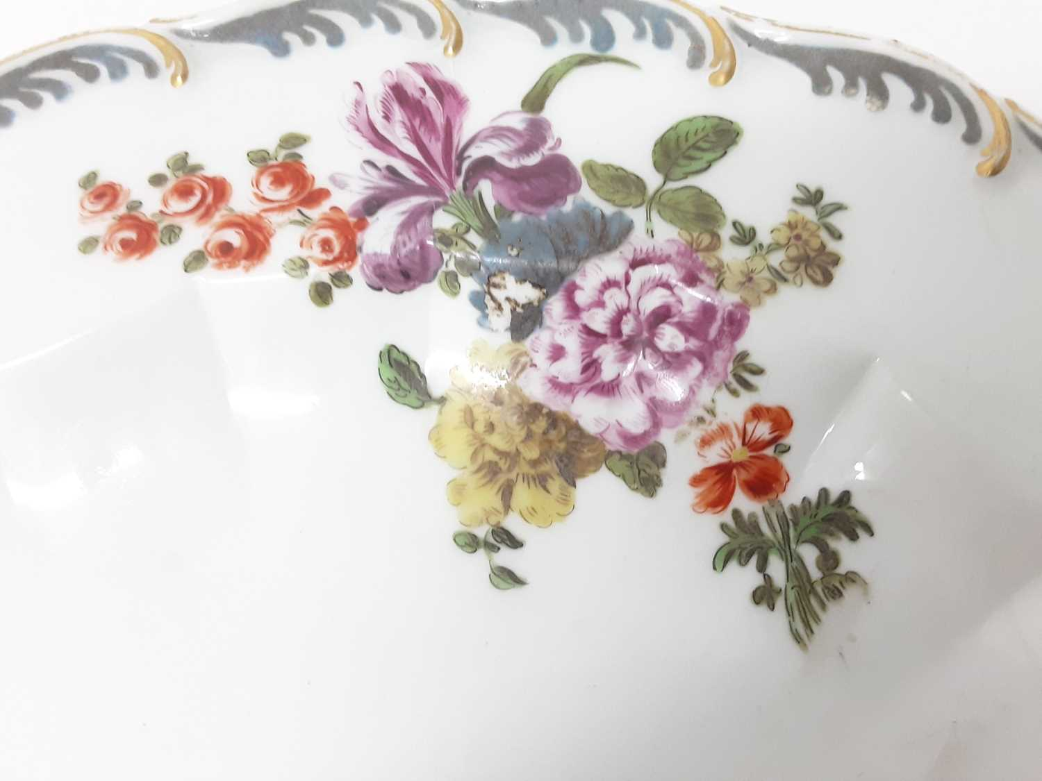 A Chelsea oval dish, circa 1760 - Image 3 of 3