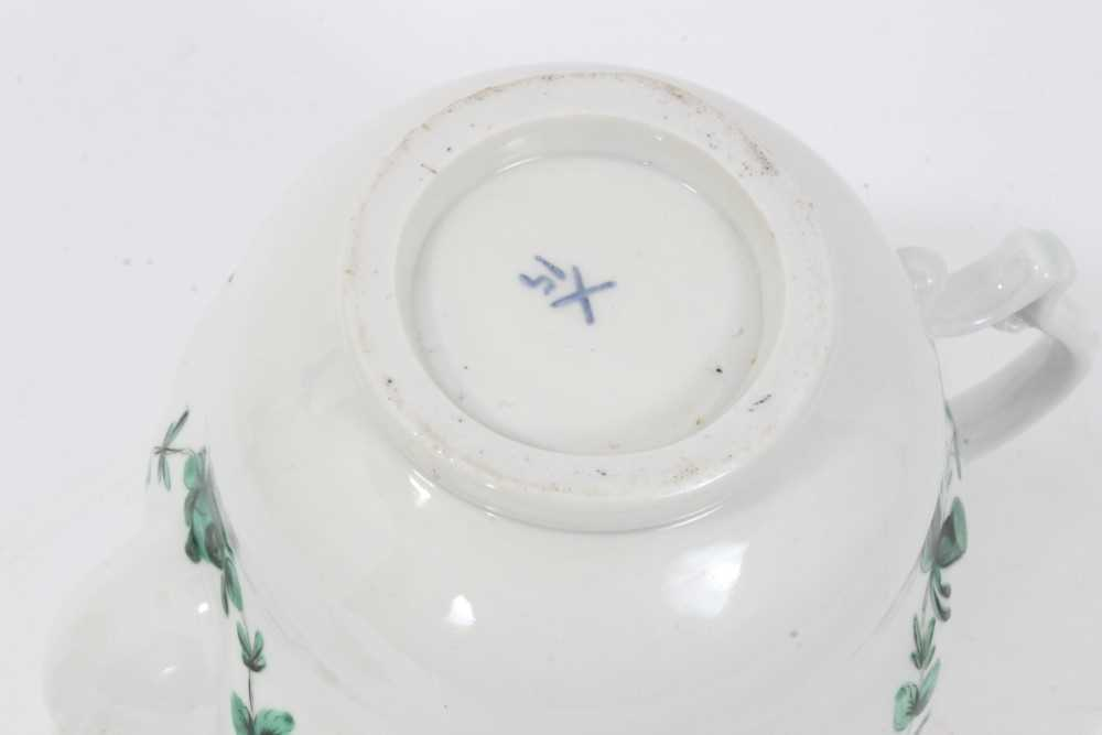 Bristol ogee shaped teapot and cover, circa 1772, with green-painted swags of flowers, the spout and - Image 9 of 9