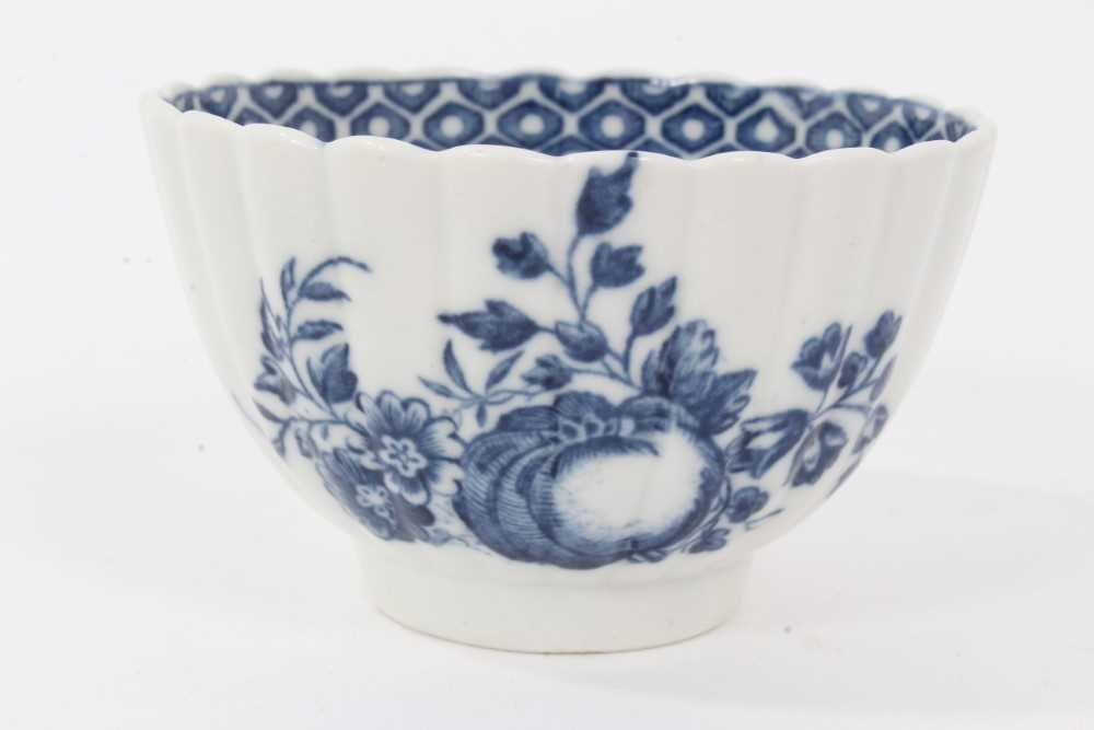 Caughley tea bowl and saucer, circa 1780, of fluted form, printed in blue with the 'Apple' pattern, - Image 4 of 8
