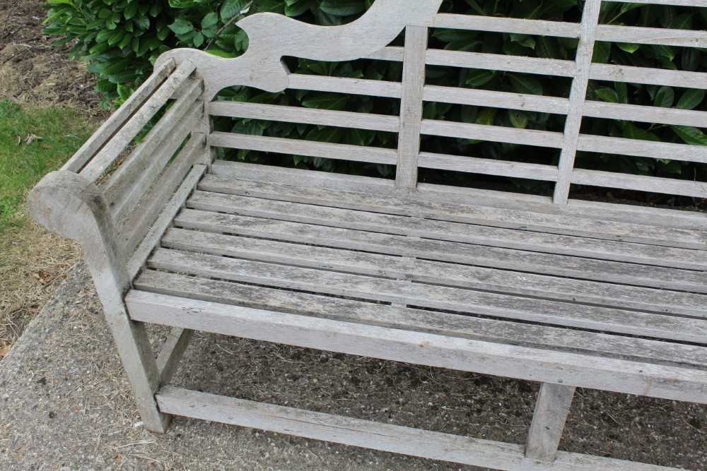 Lutyens style teak bench - Image 2 of 4