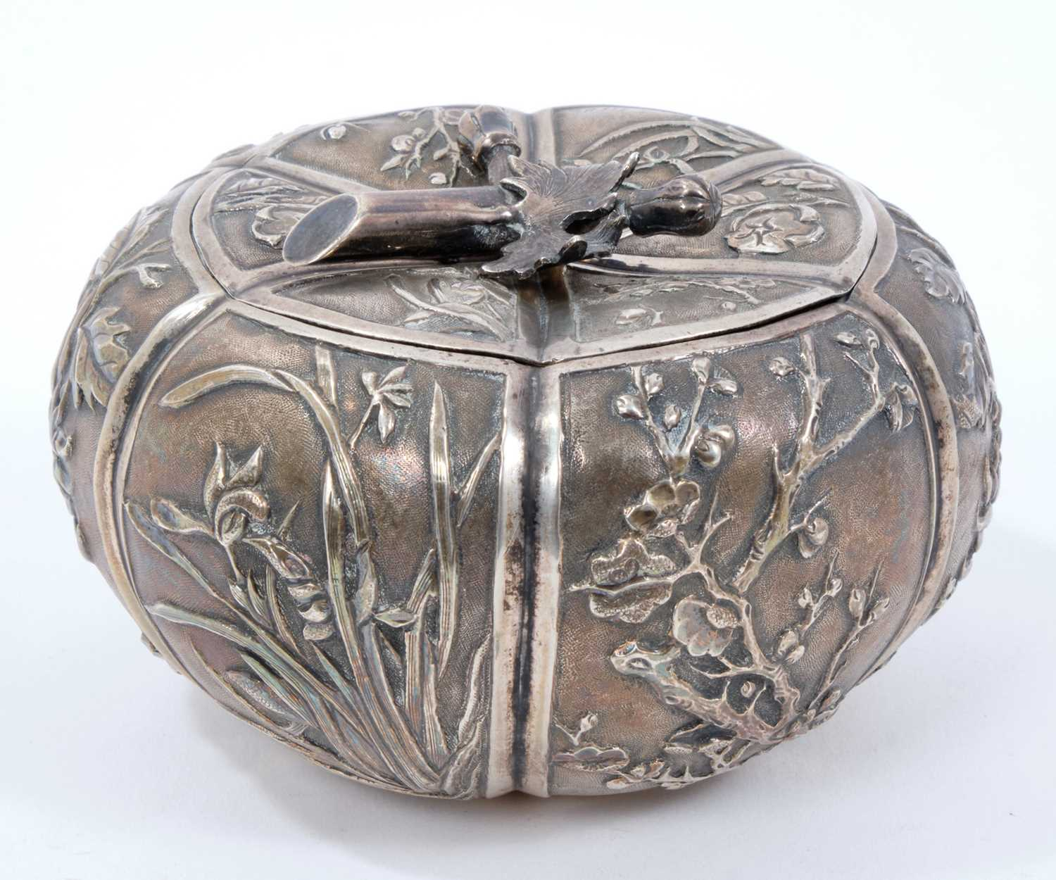 Late 19th/early 20th century Chinese silver lidded pot - Image 3 of 10
