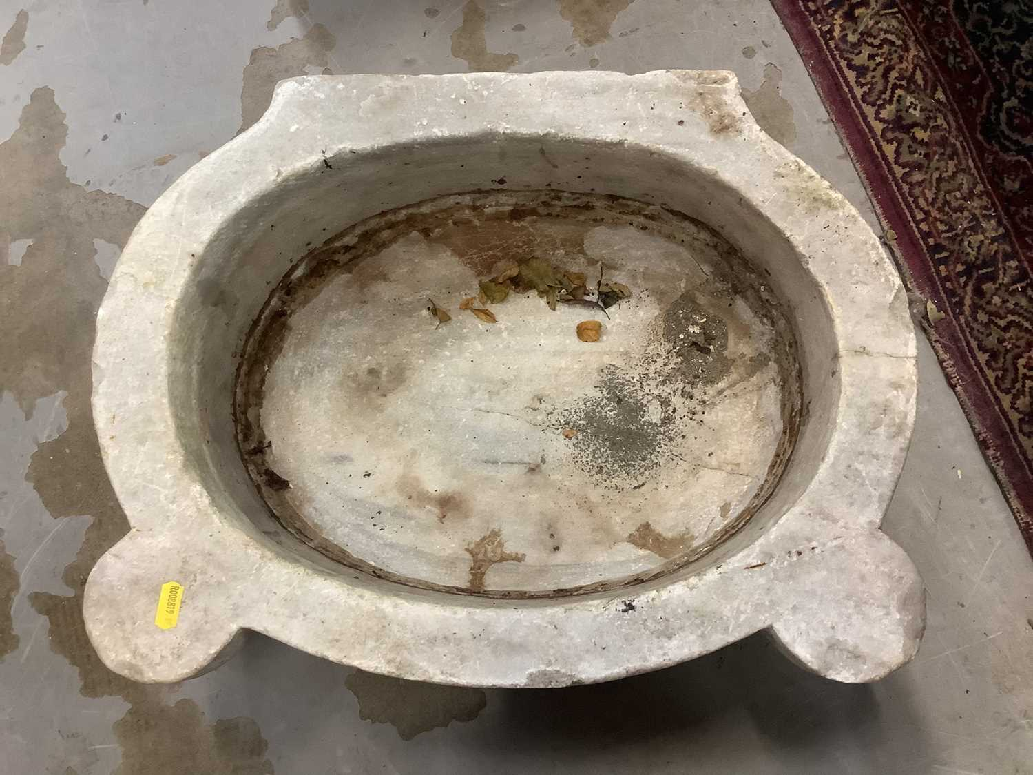 Five antique carved marble sinks - Image 9 of 13
