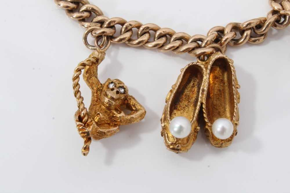 9ct gold charm bracelet with eight 9ct gold charms and padlock clasp, - Image 4 of 5
