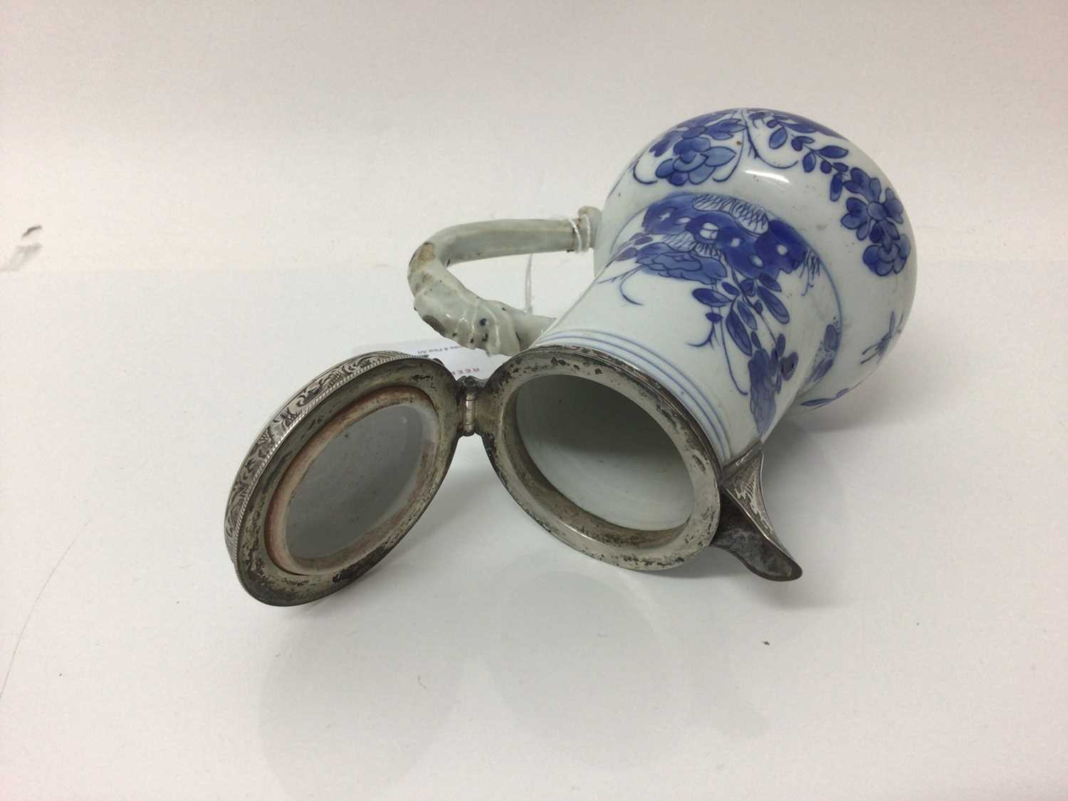 Chinese Kangxi porcelain jug and cover with later silver mount, together with a bowl (2) - Image 12 of 16