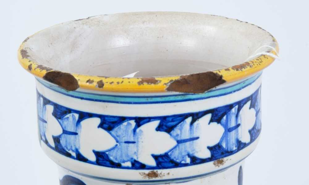 19th century Italian maiolica vase - Image 4 of 4