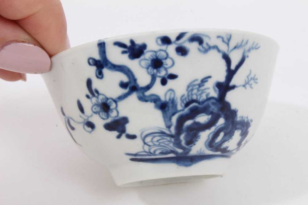 Worcester tea bowl and saucer, circa 1758, painted in blue with the Prunus Root pattern, together wi - Image 5 of 12