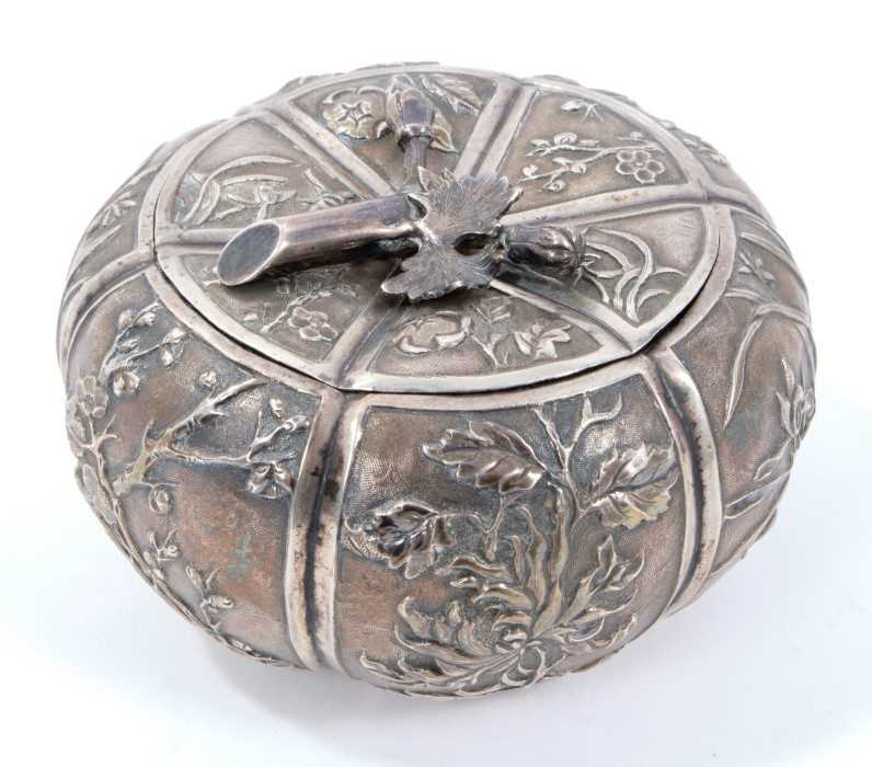 Late 19th/early 20th century Chinese silver lidded pot