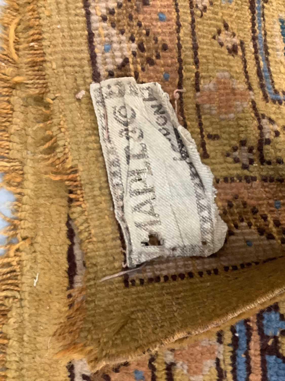 Vintage Maples carpet - Image 4 of 6