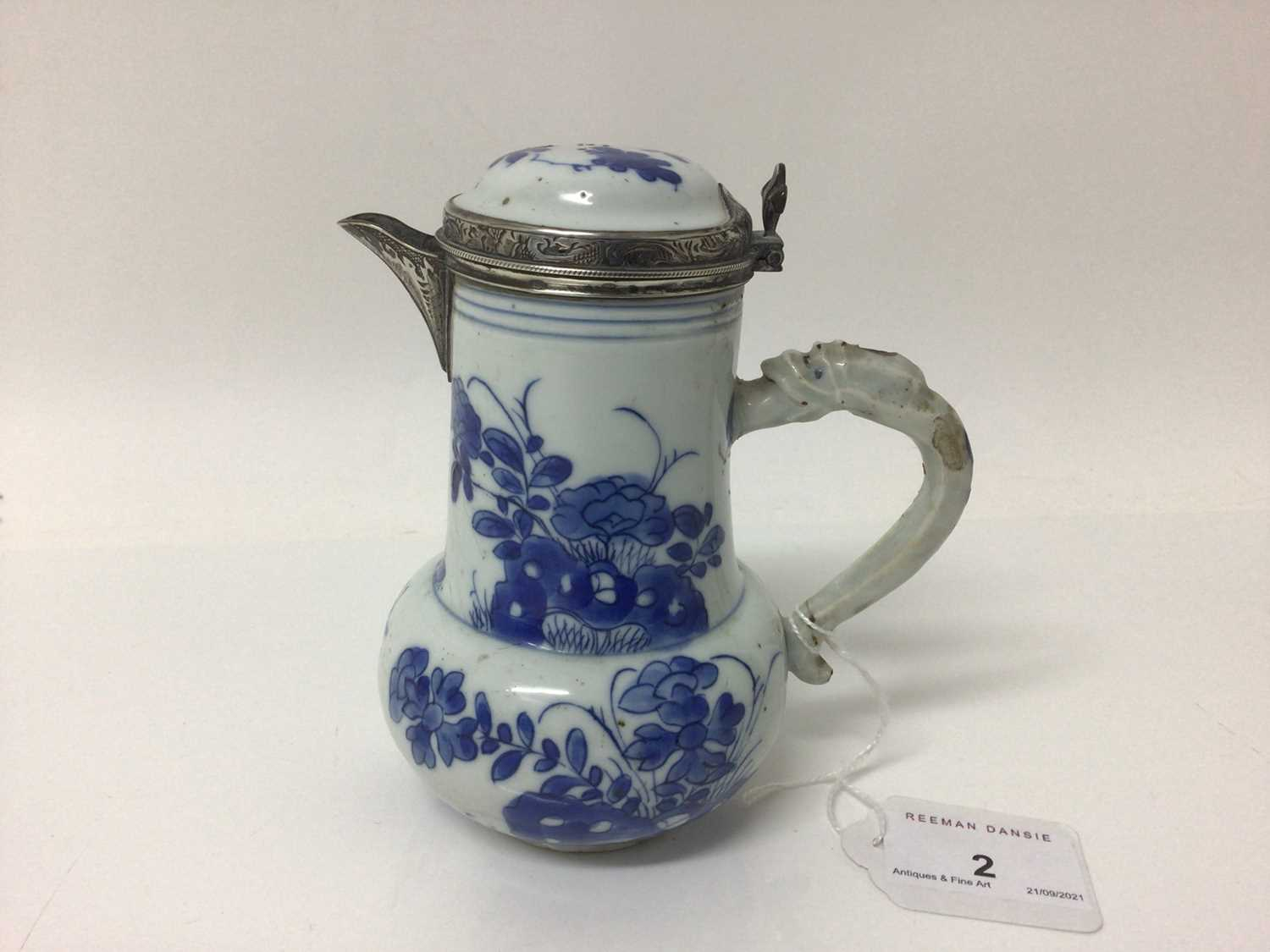 Chinese Kangxi porcelain jug and cover with later silver mount, together with a bowl (2) - Image 8 of 16