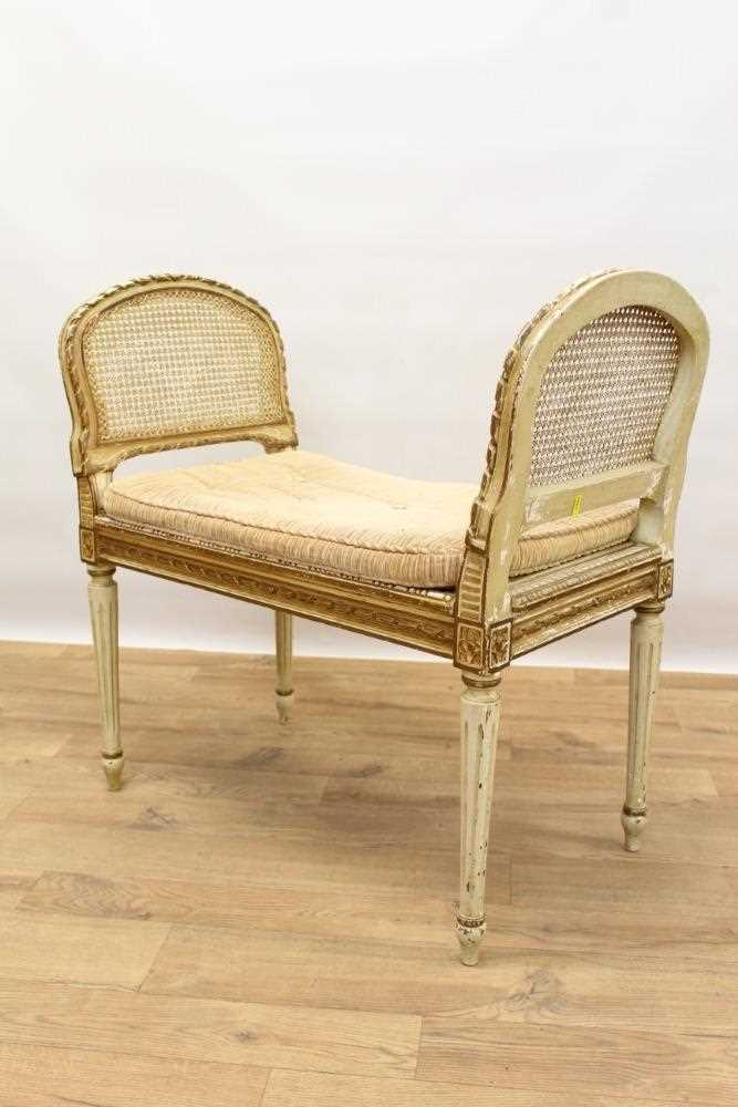 Late 19th / early 20th century French cream painted bergère suite - Image 13 of 16