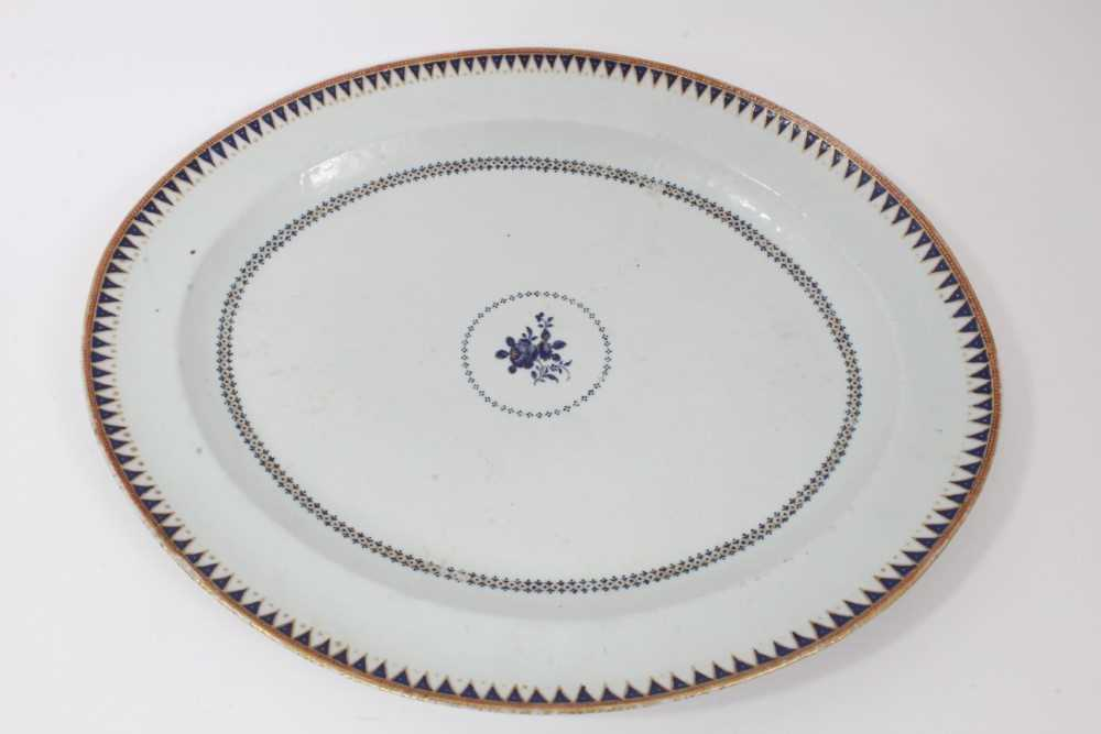 Good pair of 18th Century Chinese dishes - Image 4 of 6
