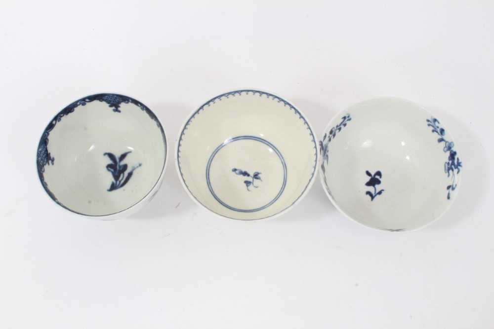 Worcester tea bowl and saucer, circa 1758, painted in blue with the Prunus Root pattern, together wi - Image 11 of 12