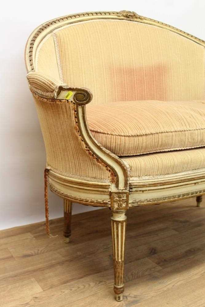 Late 19th / early 20th century French cream painted bergère suite - Image 4 of 16