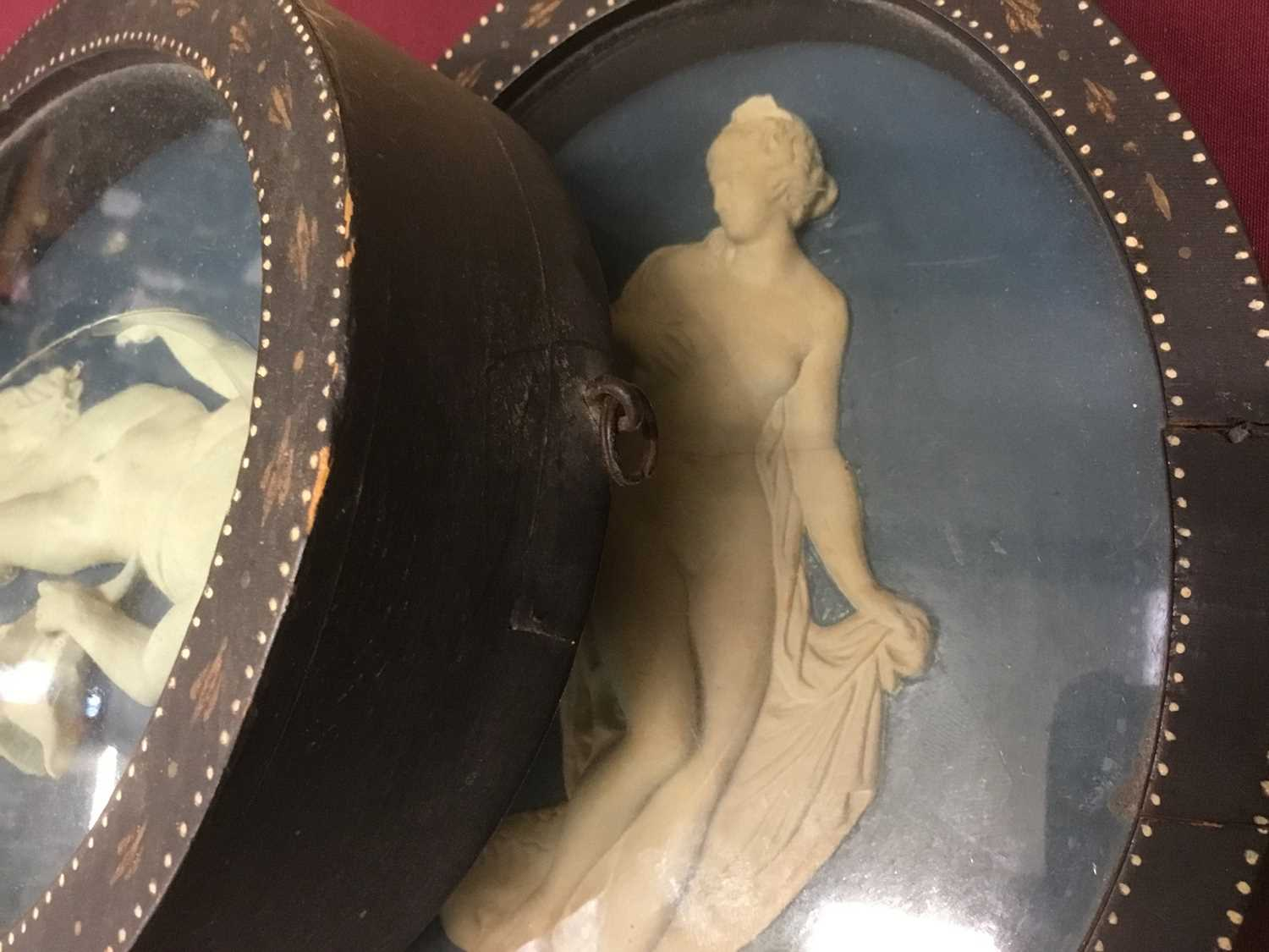 Pair of late 18th/early 19th century composition oval relief plaques depicting classical figures, in - Image 11 of 11