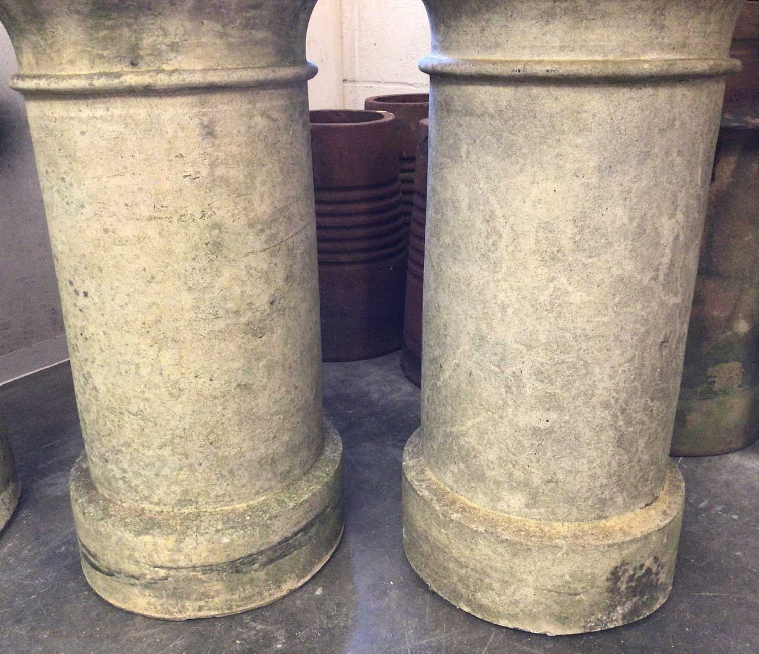 Pair of Victorian chimney pots - Image 3 of 5