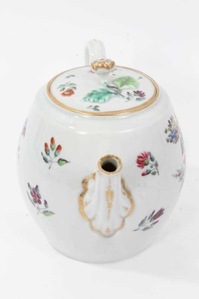 Worcester barrel shaped teapot and cover, circa 1775-80 - Image 2 of 8