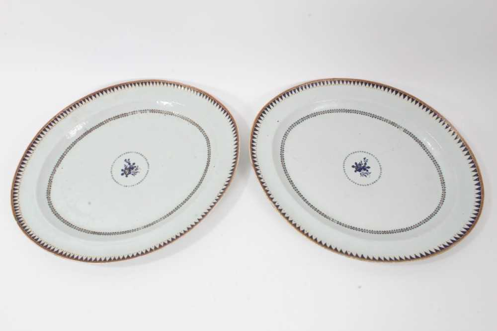 Good pair of 18th Century Chinese dishes