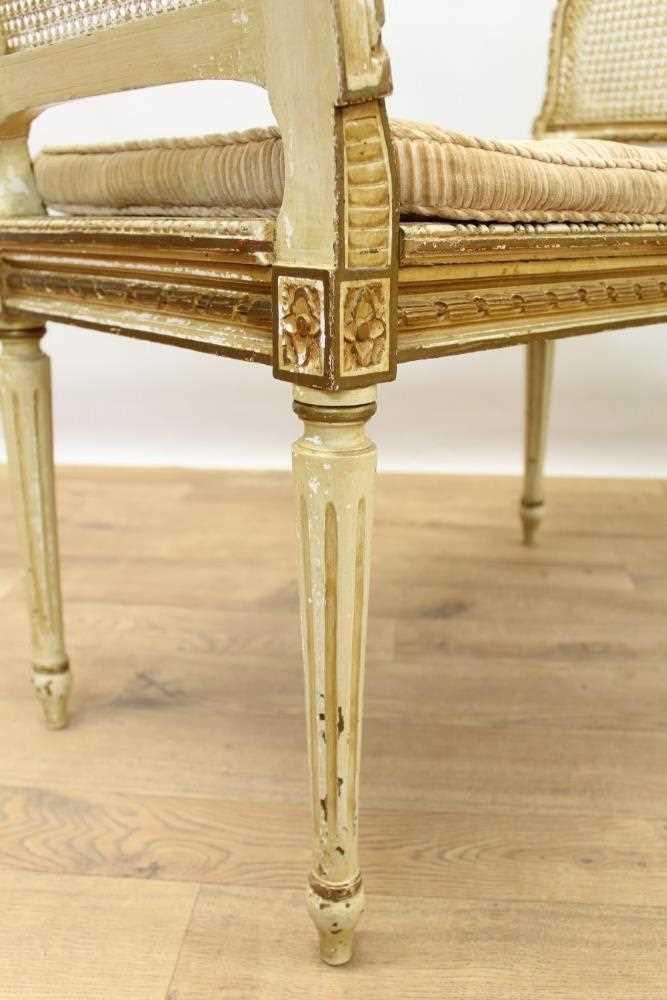 Late 19th / early 20th century French cream painted bergère suite - Image 15 of 16