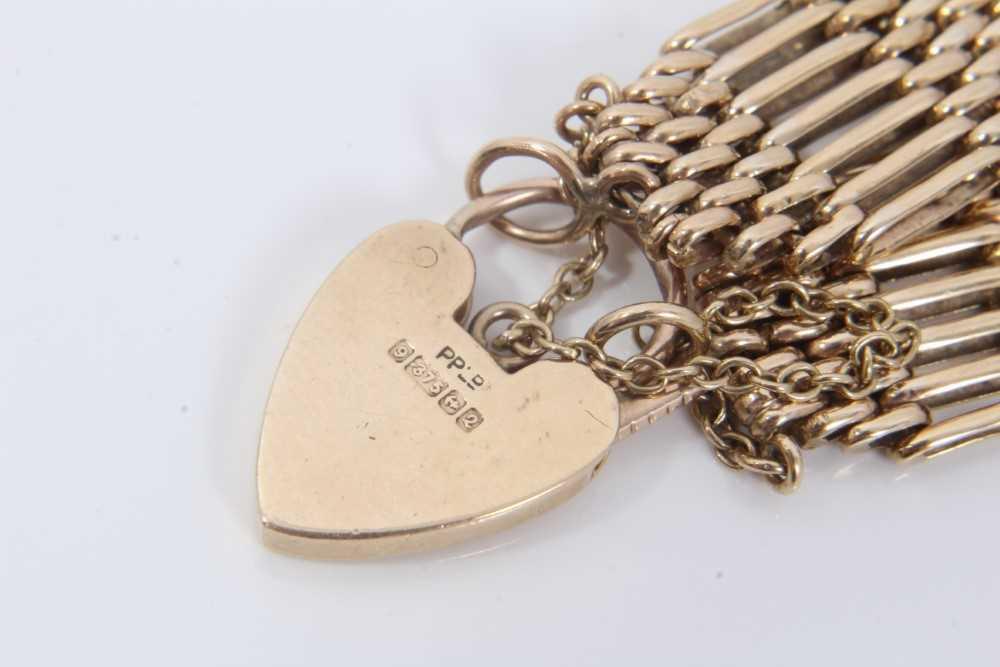 9ct gold gate bracelet - Image 3 of 3
