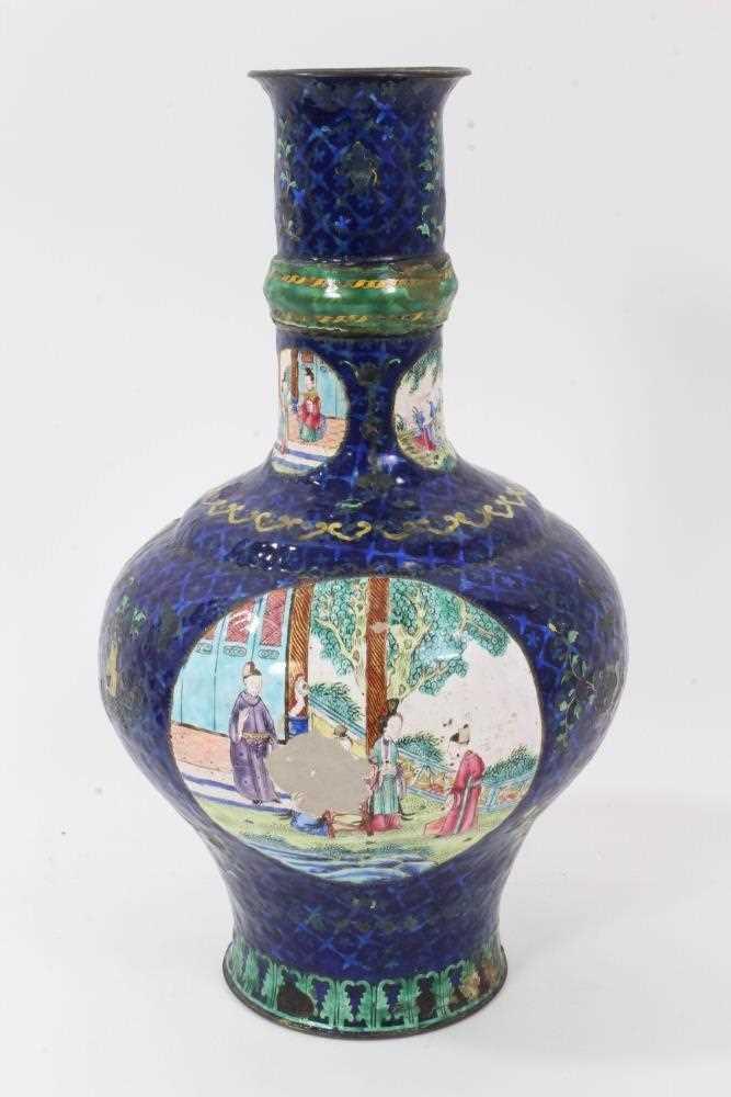 18th / 19th century Chinese enamel vase