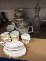 Minton Jubilee tea/ dinner service - 30 pieces and decanter