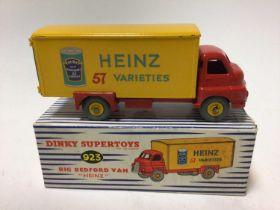 Dinky Supertoys big Bedford van 'Heinz' 57 varieties No. 923 boxed