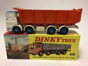 Dinky Leyland dump truck with tilt cab No. 925 boxed