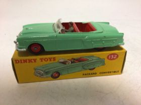Dinky Packard Convertible No 132, boxed