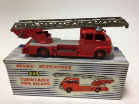 Dinky Supertoys turntable fire escape No. 956 boxed
