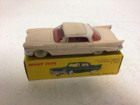 Dinky French Issue Chrysler 'Saratoga' No 550, boxed