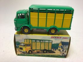 Dinky (French issue) Betaillere Berliet No. 577 boxed